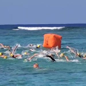 沖縄日航アビリラオープンウォータースイム 3000m スタート!!