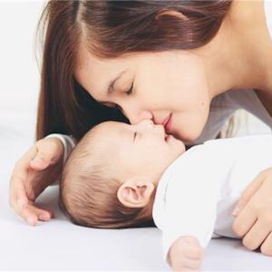 【完全母乳で育てたい】我が子は一度もミルクを飲んだことがありません?!『母乳育児のために私が妊娠中からやっていた7のこと。』