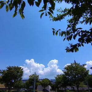 夏の象徴 入道雲
