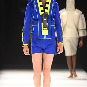 信じられないほどダサい服を着ている男はどこで服を買っているのか