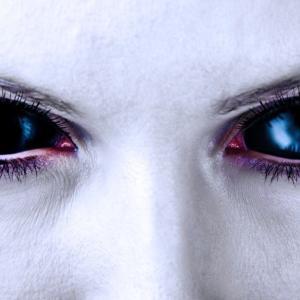 瞳の奥の光