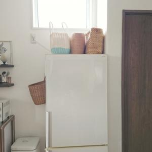 冷蔵庫の上のカゴは何が入ってる?