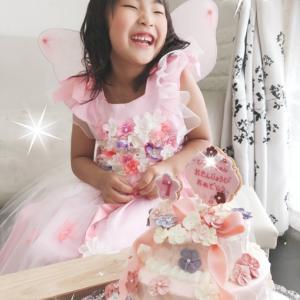 毎年恒例ぴよこのお誕生日ドレス、今年は?