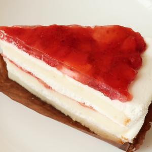 いちごのホワイトケーキ