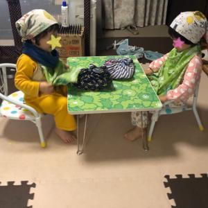 双子3歳4ヶ月 給食ごっこ