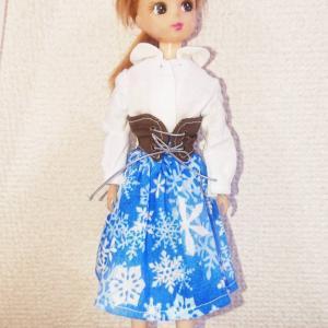 リカちゃん服ブラウス、コルセットベルト、スカートを作りました^^