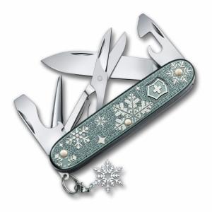 クリスマスギフトにおすすめ!おしゃれな雪柄マルチツール