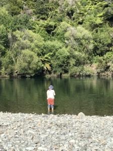 NZレンタカー9日目~聖なる泉、NZの国民食FishandChips、NZの中心で…~