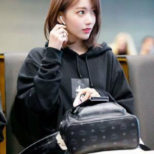 【美の女神】 韓国の若者「韓国で人気があるアイドルは宮脇咲良、橋本環奈」と朝日新聞が報道
