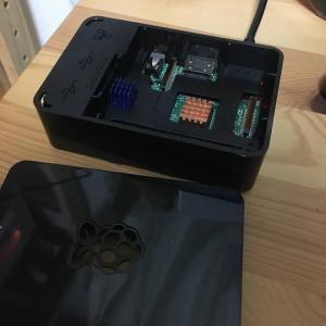 RaspberryPi3で自宅サーバを立てる