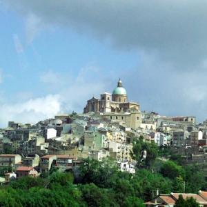 カルタジローネ(シチリア島/イタリア)〈ヴァルディノートの後期バロック様式の町々〉