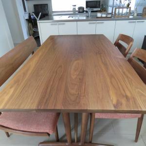 テーブル編~カリモク家具のダイニングテーブルセットはどこがいいのか。その利点