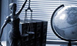 弁護士になるための法律に関するスペイン語