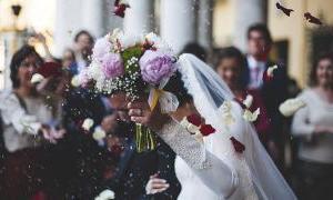 スペイン語の曲で結婚式を盛り上げよう!バラードからダンスまで12選