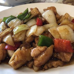 聚寳園(中国料理/白金高輪)良質なランチの辣子鶏丁は最後にソースごとご飯に掛けて