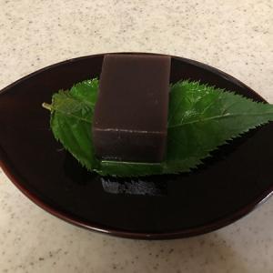 御菓子処 さゝま(和菓子/神保町)ねっとりと滑らなこし餡が魅了!水羊羹が秀逸!