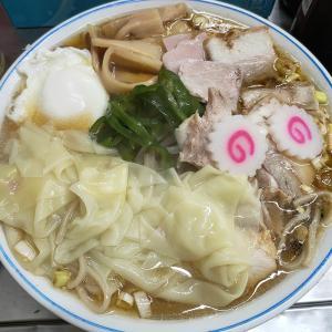 中華そば みたか(ラーメン/三鷹)フル装備の五目チャーシューワンタン麺 + 半熟玉子!