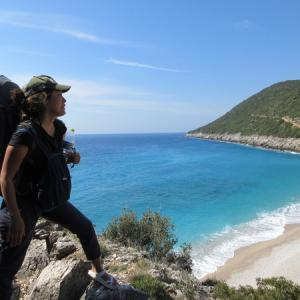 アルバニアで4日間秘境ビーチ巡りトレッキング