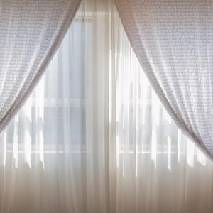 ネットでカーテンを注文したんだけど、なんと縦横逆に入力してしまった…店側も気づいてくれたら嬉しかったなぁ…