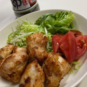 鶏胸肉唐揚げ〜☆今日の肴です!
