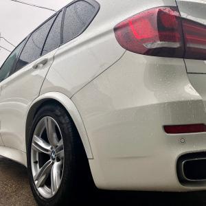 BMW X5エアサス交換!大阪府、奈良県、京都府、兵庫県、和歌山県、BMW修理