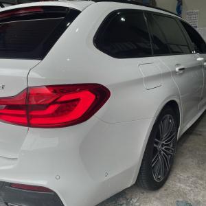 BMW3シリーズ(G21)シーケンシャルウィンカ取付!大阪府、奈良県、京都府、BMW修理