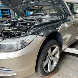 BMW Z4 水漏れ修理!大阪府、奈良県、京都府、兵庫県、和歌山県!