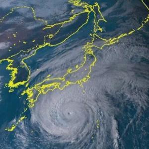 台風が心配…と、気象観測衛星のひまわり8号のデータの見られるサイトの紹介