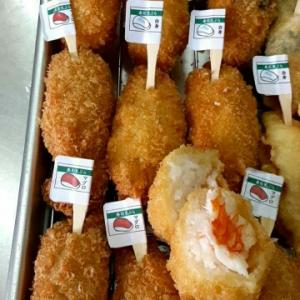 『寿司フライ』と『寿司天ぷら』を月に2回、こすも学童さんに納品しております🍣