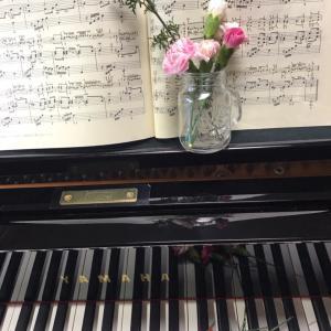【複製】ピアノ写真シリーズ✨ピアノと花10