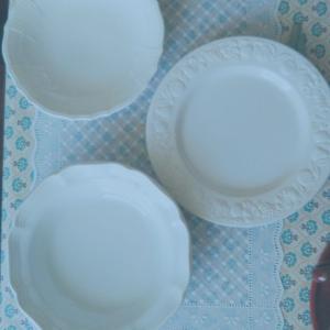 春のパン祭り風 白い食器