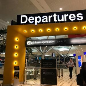 ブリスベン空港で子連れで深夜を過ごす