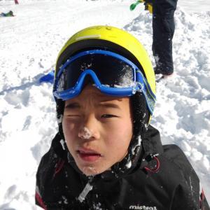 キッズのスキー・スノボにおススメのヘルメットは?