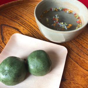 新しい月を迎える朝、伊勢の朔日参り「赤福餅」