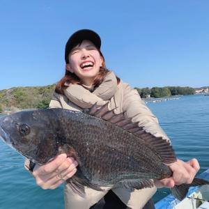 【Youtube動画】こちら東海です。吉村唯ちゃんと筏で五目釣り!