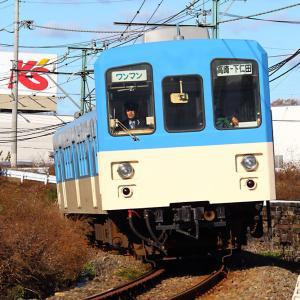 左ハンドル仕様(?)の電車は初めて見ました
