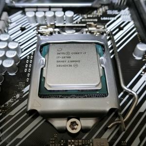 第3世代から第10世代へひとっとび♪...Core i7 3770K→10700に大進化です