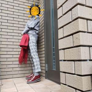 今季のマスト!アンクル丈のチェックパンツ アラカンが着るUNIQLO