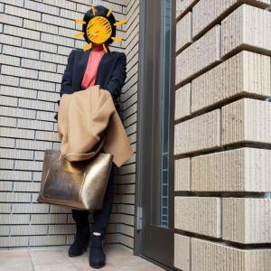 事務所開設20周年。着慣れたストレッチスーツで仕事始め