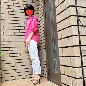 大人が着るピンクは「糖分控えめ」がポイント