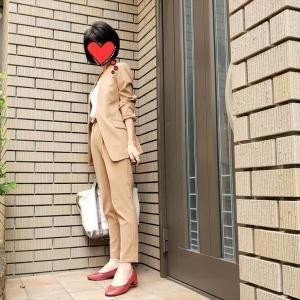 久し振りの定番仕事服PLSTのストレッチスーツがなんだか新鮮