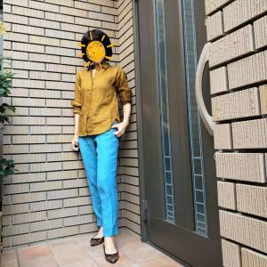 「アズーロ・エ・マローネ」のおしゃれ配色で秋の巣ごもり仕事服