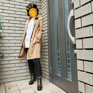 秋雨の日のホワイトシャツコーデ【インナーで防寒】