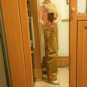 カーブパンツで秋色コーデ アラカンが着るユニクロ83