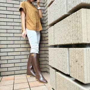 難しい雨の日の靴選び アラカンが着るユニクロ92