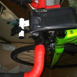 トレーニング兼スペアバイクのバーテープ交換をしました