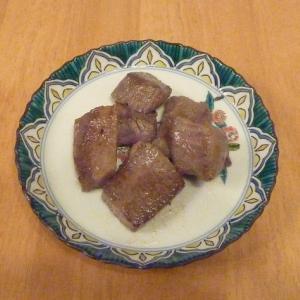 私の食事(今半のサイコロステーキ)