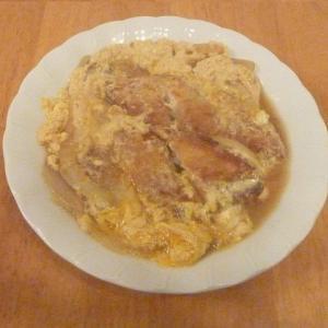 今日に昼食(業務スーパーの白身フライの卵とじ)