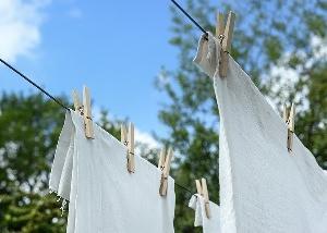 物干し竿を3000円で低くする方法【洗濯のケガ防止】