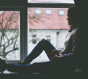 孤独でどん底に落ちこんだ時の行動